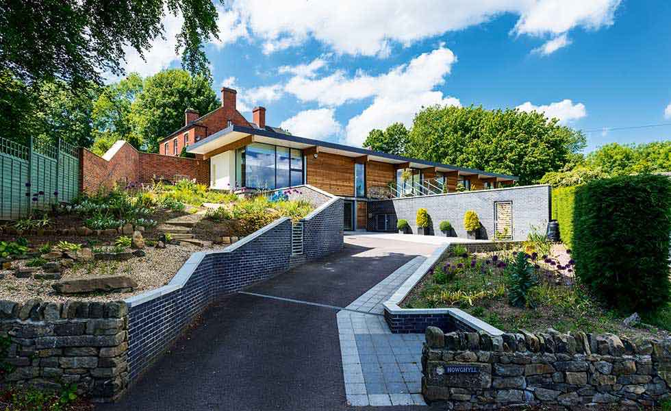 contemporary-self-build-build-on-garden-plot-sloping-site